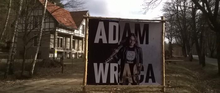 Adam ist zurückgekommen